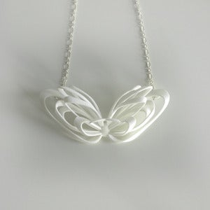 Image of Ribbon Necklace White