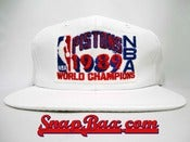 Image of Vintage Deadstock Detroit Pistons 1989 Champions Locker Room Sports Specialties Snapback Hat Cap