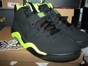 "Image of Air Force 180 ""Volt"""