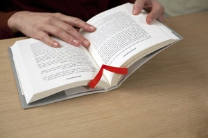 Image of Albatros bookmark