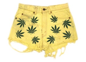 "Image of Women's D.Fame ""Trees Please"" Shorts"
