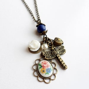 Image of True Sentiments Necklace (floral)