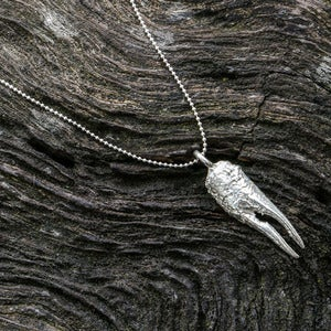 Image of La Petite Claw (sterling silver)