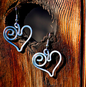 Image of Corazon Earrings