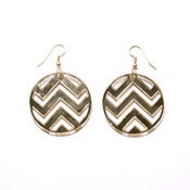 Image of chevron earrings [gold mirror]