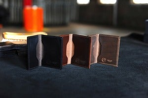 "Image of Louis ""Little New York"" - Chromexcel Front Pocket Wallet"