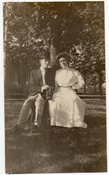 Image of c. 1910 COUPLE & A CAMERA VINTAGE SNAPSHOT PHOTO