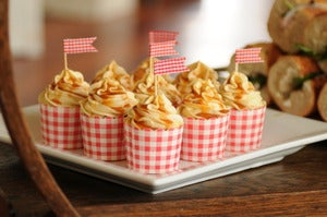Image of Red Gingham Scallop Edge Cupcake Cases