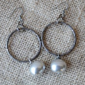 Image of Silver Shell Pearl Earrings