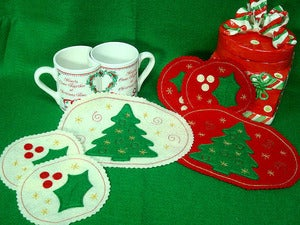 Image of Holiday Mug Rugs by Judy Danz