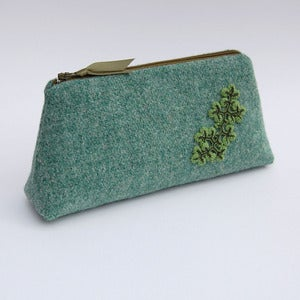 Image of Large green Harris tweed case