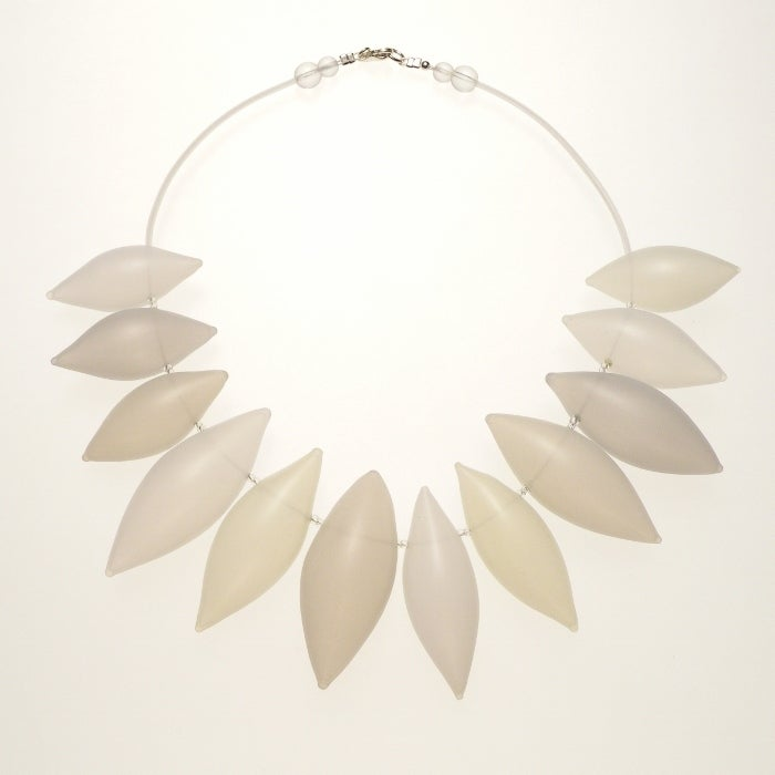 Image of FEATHER necklace/white