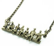 PEANUT GALLERY NECKLACE