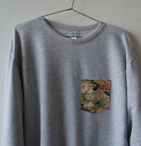 Image of CIRCUS POCKET GREY SWEATSHIRT
