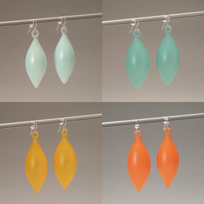 Image of FEATHER earrings/colour