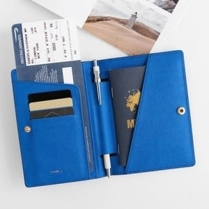 Image of Invite.L Passport Cover