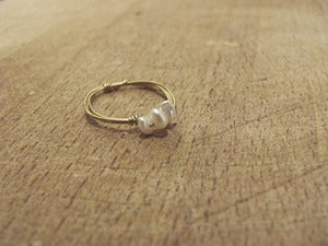 Image of Three Pearl Ring