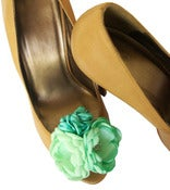 Image of Mint Perfection Flower Shoe Clips