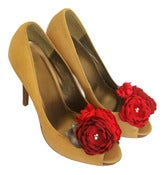 Image of Red and Gray Bouquets for Wedding Shoes