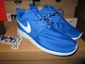 "Image of Roshe Run WMNS ""Soar Blue"""