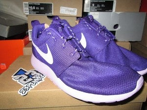 "Image of Roshe Run WMNS ""Court Purple"""