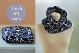 Image of Bike Twist Snood - Navy and White
