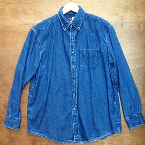 Image of DENIM BUTTON UP
