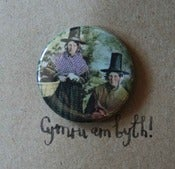 Image of 'Welsh Lady' badge cards