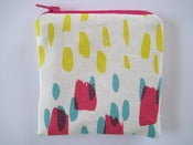 Image of Printed coin purse in hot pink/yellow/turquoise