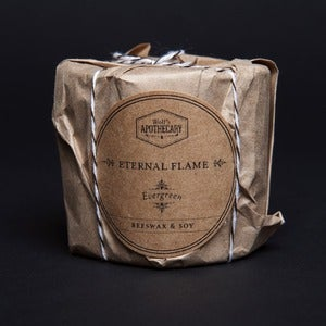 Image of Eternal Flame Candle - Evergreen