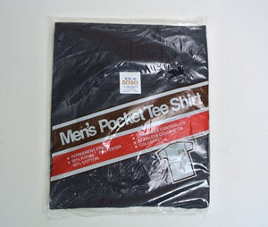 Image of Mens vintage deadstock pocket t-shirt (M)