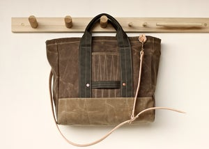 Image of Utility Tote - Field Tan & Sage