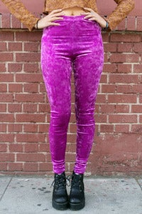 Image of Magenta Ice Leggings