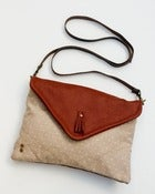 Image of -S O L D O U T- envelope crossbody with removable strap (dotted linen + lipstick red leather)