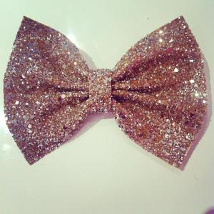 Image of Gold Glitter Bow