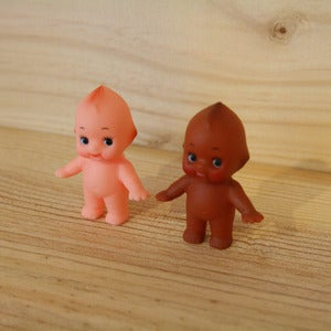 Image of Standing kewpies - Small