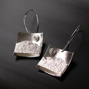 Image of Wave Earrings