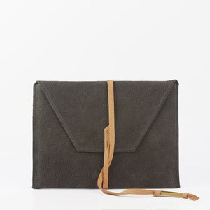 Image of Aylen iPad (two tone)