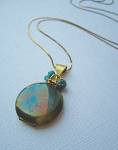 Image of Nuit - Titanium Quartz Vintage Locket 