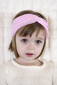 Image of pink and white checkered turban