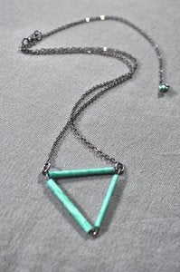 Image of Geometrical Green Necklace