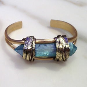 Image of BRASS AQUA AURA QUARTZ CUFF