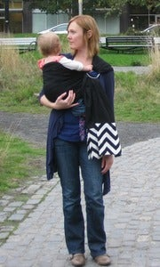 Image of Umi Sling Baby Carrier: Organic Cotton Ring Sling with Chevron Accent