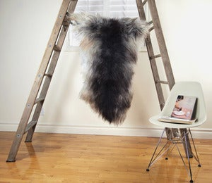 Image of Large Gray Sheepskin GR-257