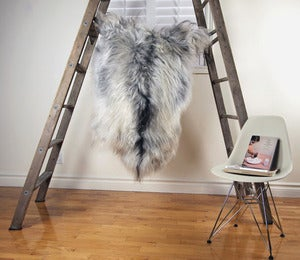 Image of Large Gray Sheepskin GR-240