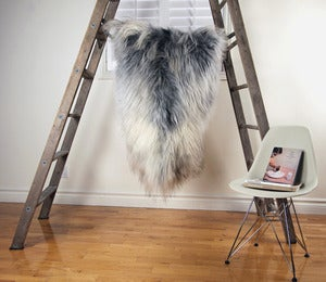 Image of Large Gray Sheepskin GR-237