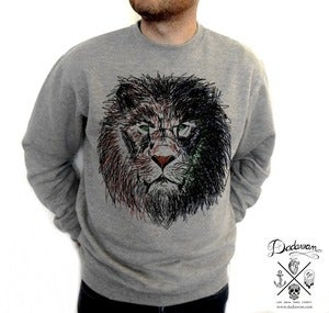 Image of Sweatshirt homme Lion by Dadawan