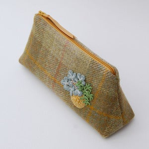 Image of Checked Harris Tweed purse with lichen bouquet
