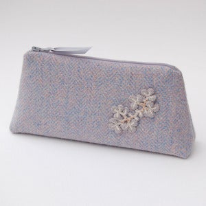 Image of Pale pink and blue Harris Tweed purse