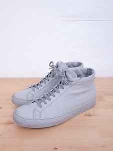 Image of Common Projects - Achilles Mid Grey Sneakers (Used)